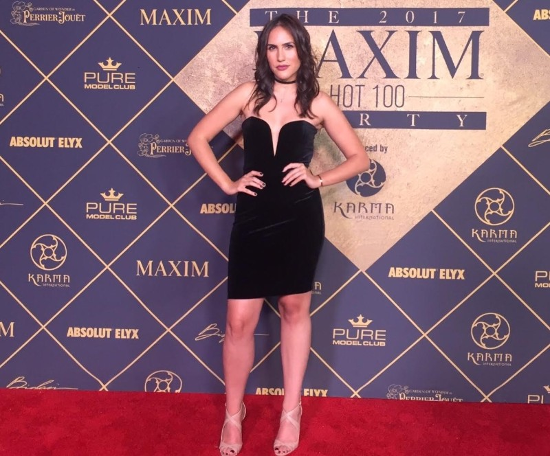 @nicmoraxo's cover photo for 'Celebs Brought The Heat To The MAXIM Hot 100 Party - GIVE ME MORA'