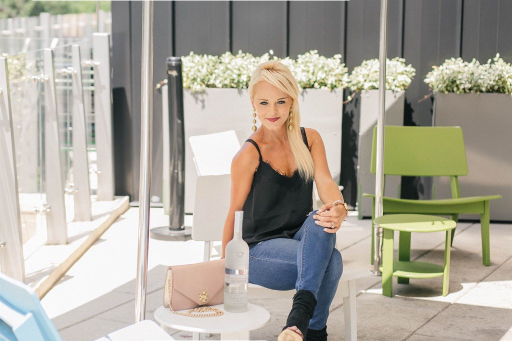 @urban.blonde's cover photo for 'Hackamore – The Zero Calorie Energy Drink'