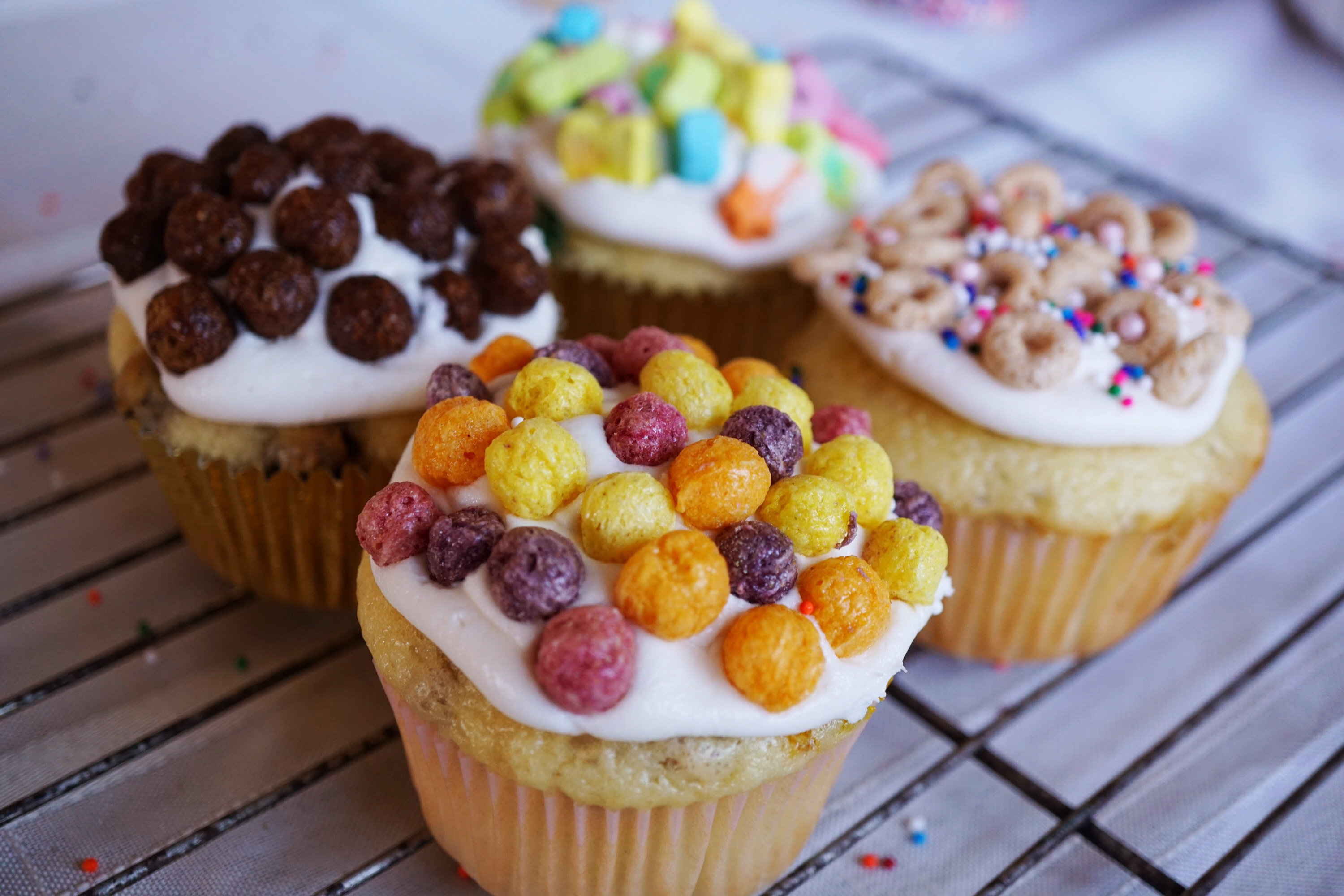 @sparklinglala's cover photo for 'Let's Celebrate El Dia del Niño With Cereal Cupcakes'