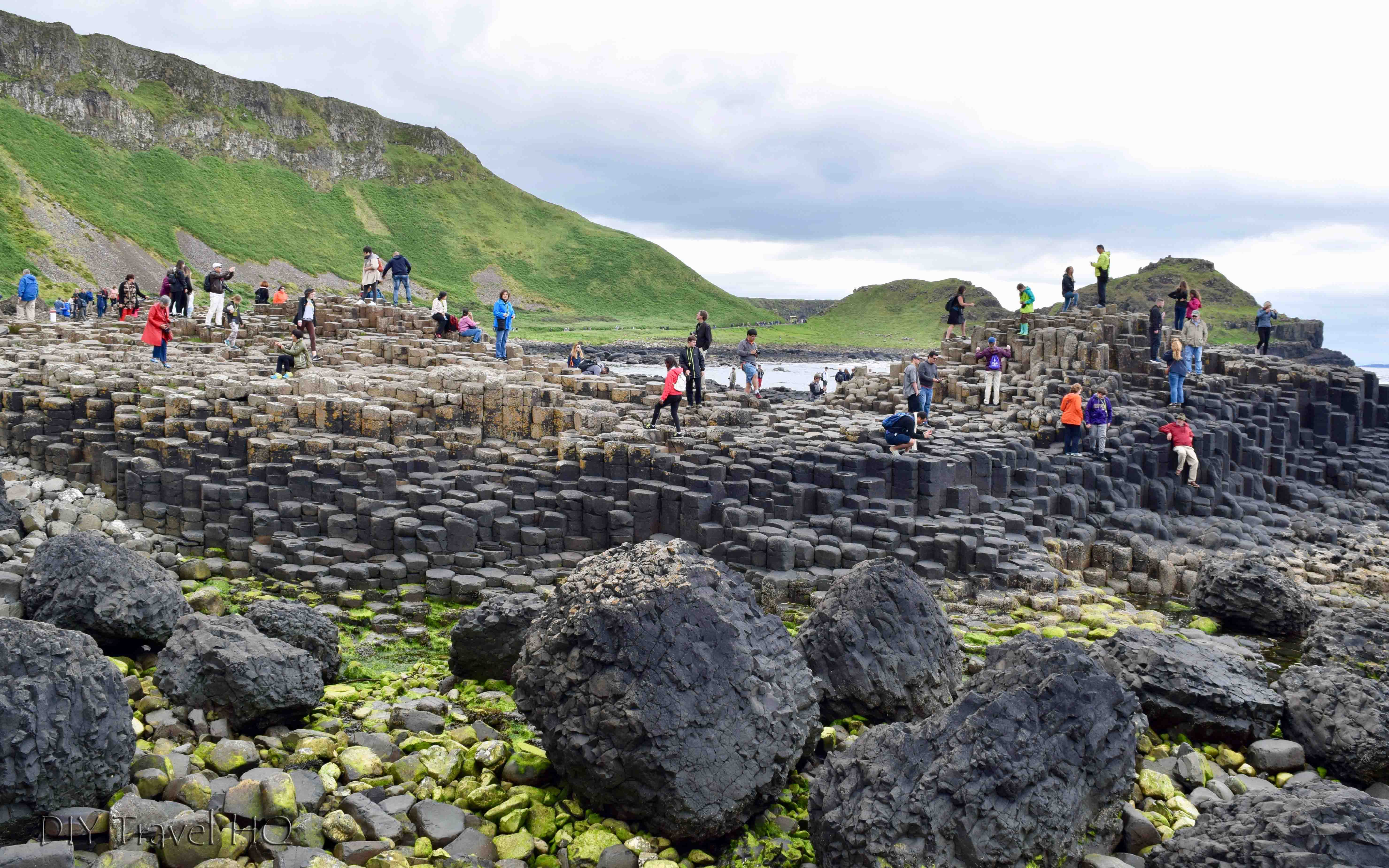 @diytravelhq's cover photo for 'Visit the Giant's Causeway with Paddywagon Tours! - DIY Travel HQ'