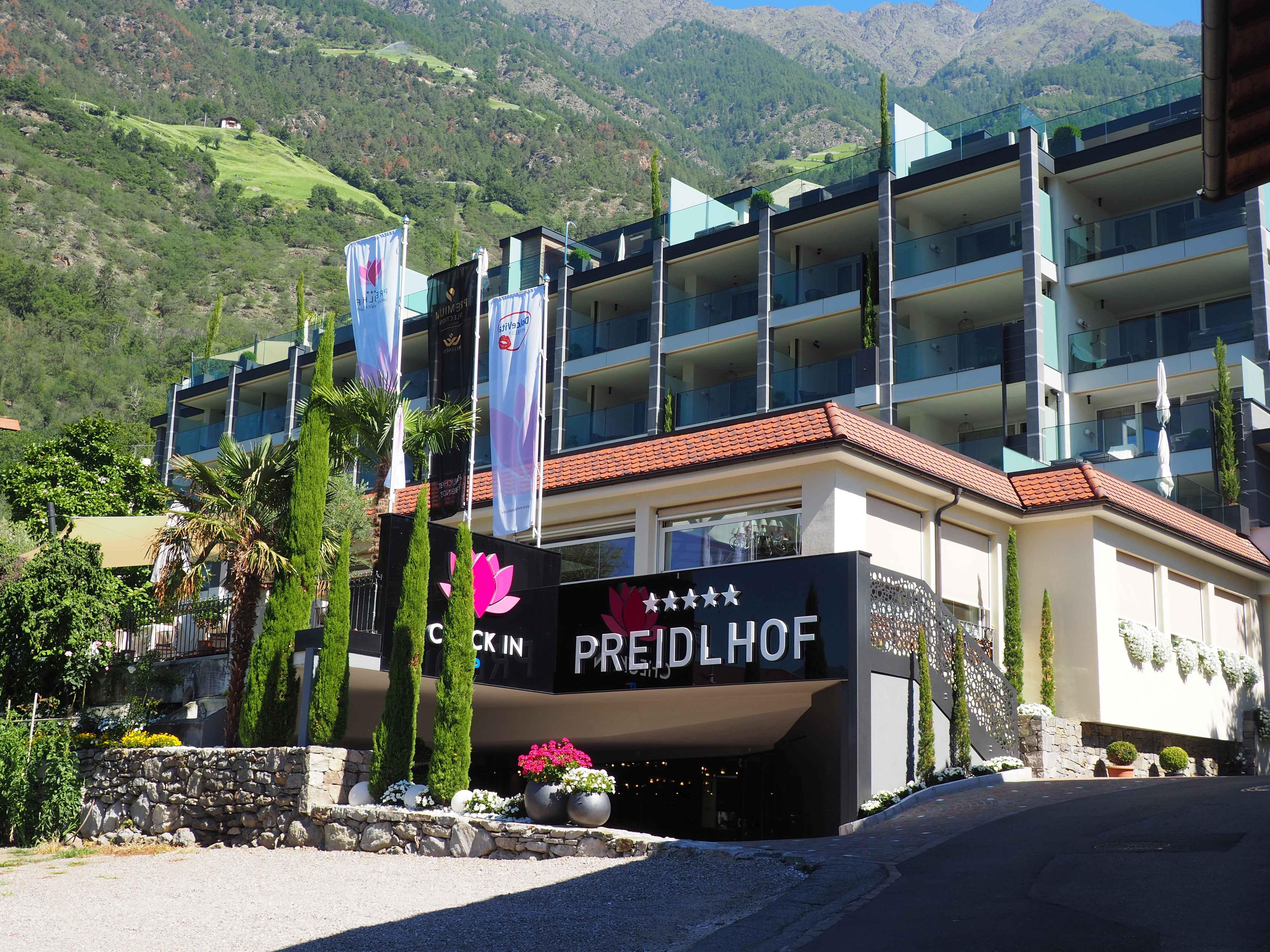 "@gain_it_reith's cover photo for 'Traumurlaub im Hotel ""Preidlhof"" in Naturns, Südtirol - GainItReith'"