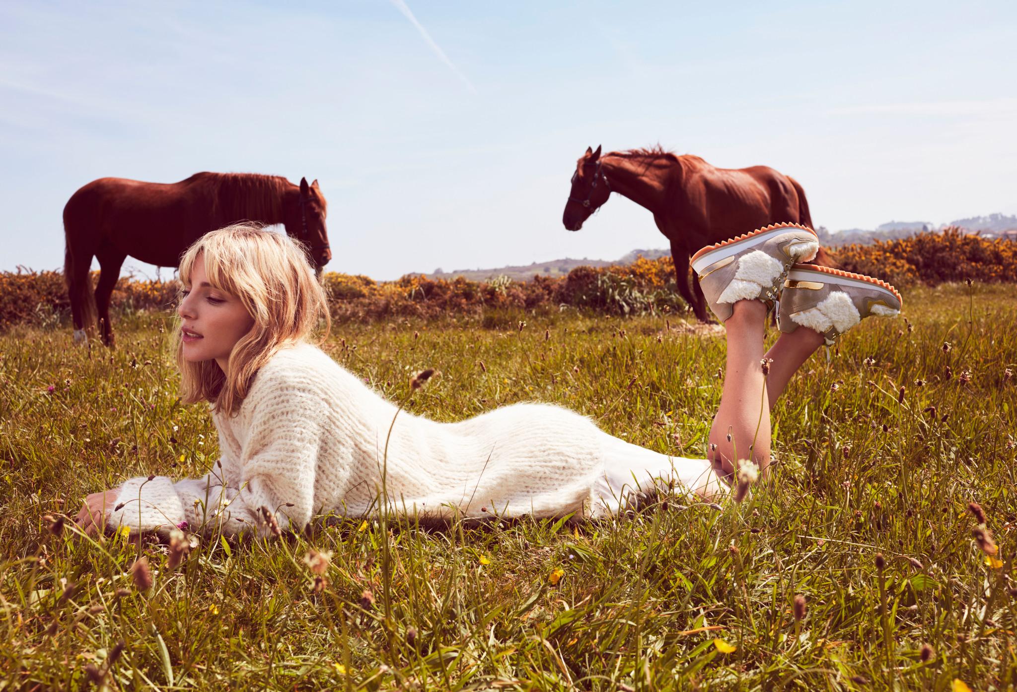@fellini_eventi's cover photo for 'Elsa pataky dirige il suo primo fashion film: emotions by GIOSEPPO - Radio Fashion'