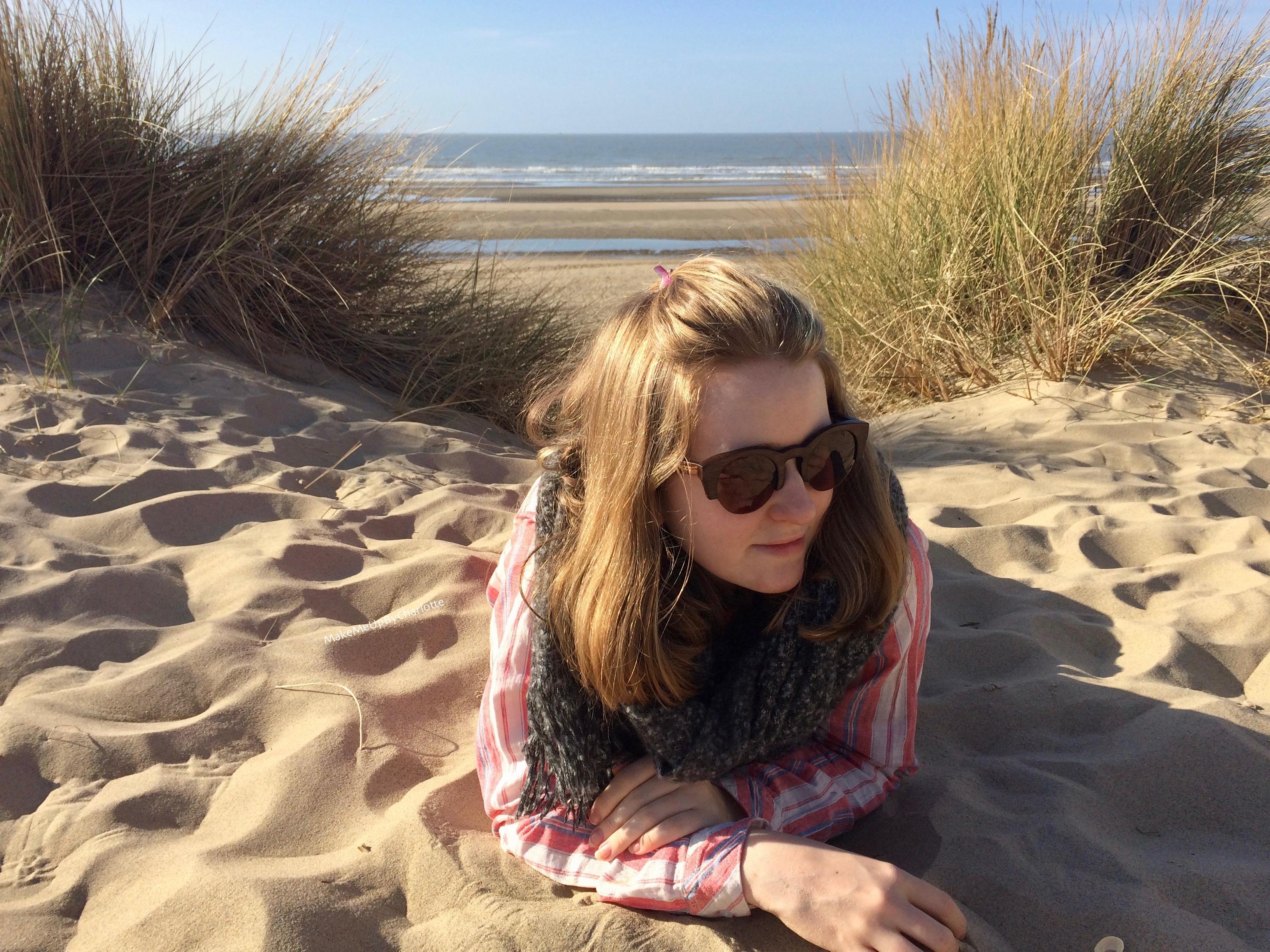 @makemeupbycharlotte's cover photo for 'Des lunettes de soleil en bambou pour les 4 saisons!'