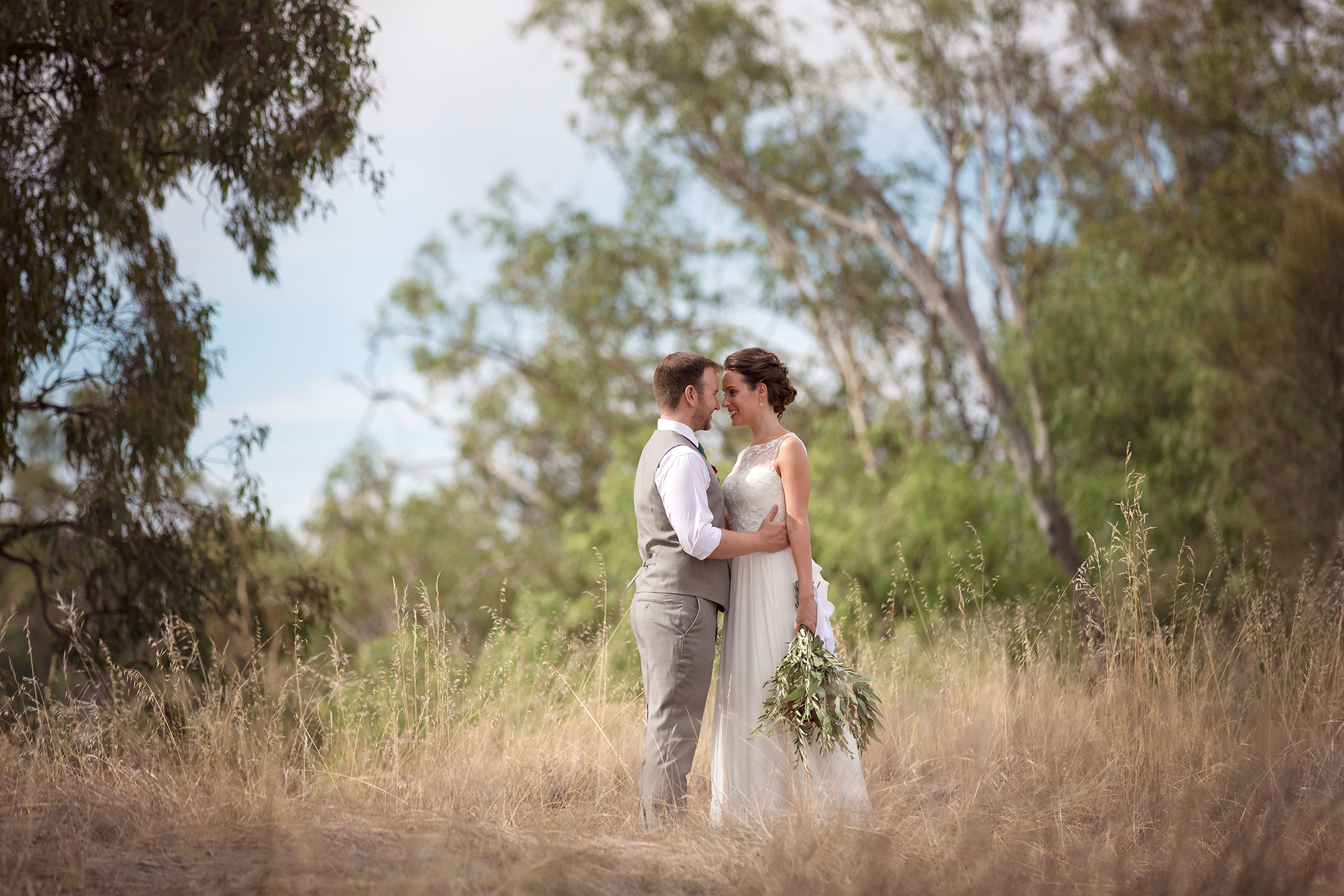 @jasonrobinsphotographyau's cover photo for 'Corowa Chocolate and Whisky Factory Wedding - Prue & Thomas. AIPP Photographer Jason Robins'