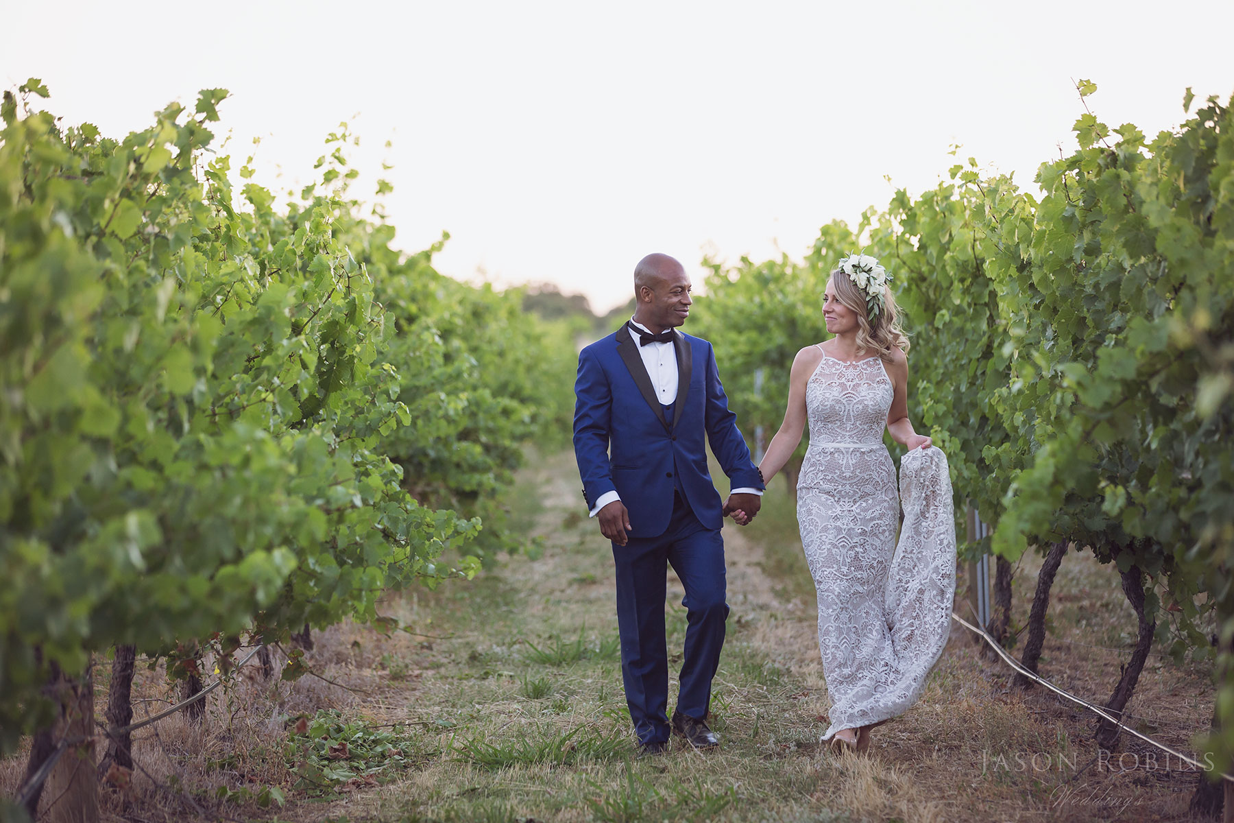 @jasonrobinsphotographyau's cover photo for 'Stunning All Saints Estate Winery Wedding - Lucy & Sam.'