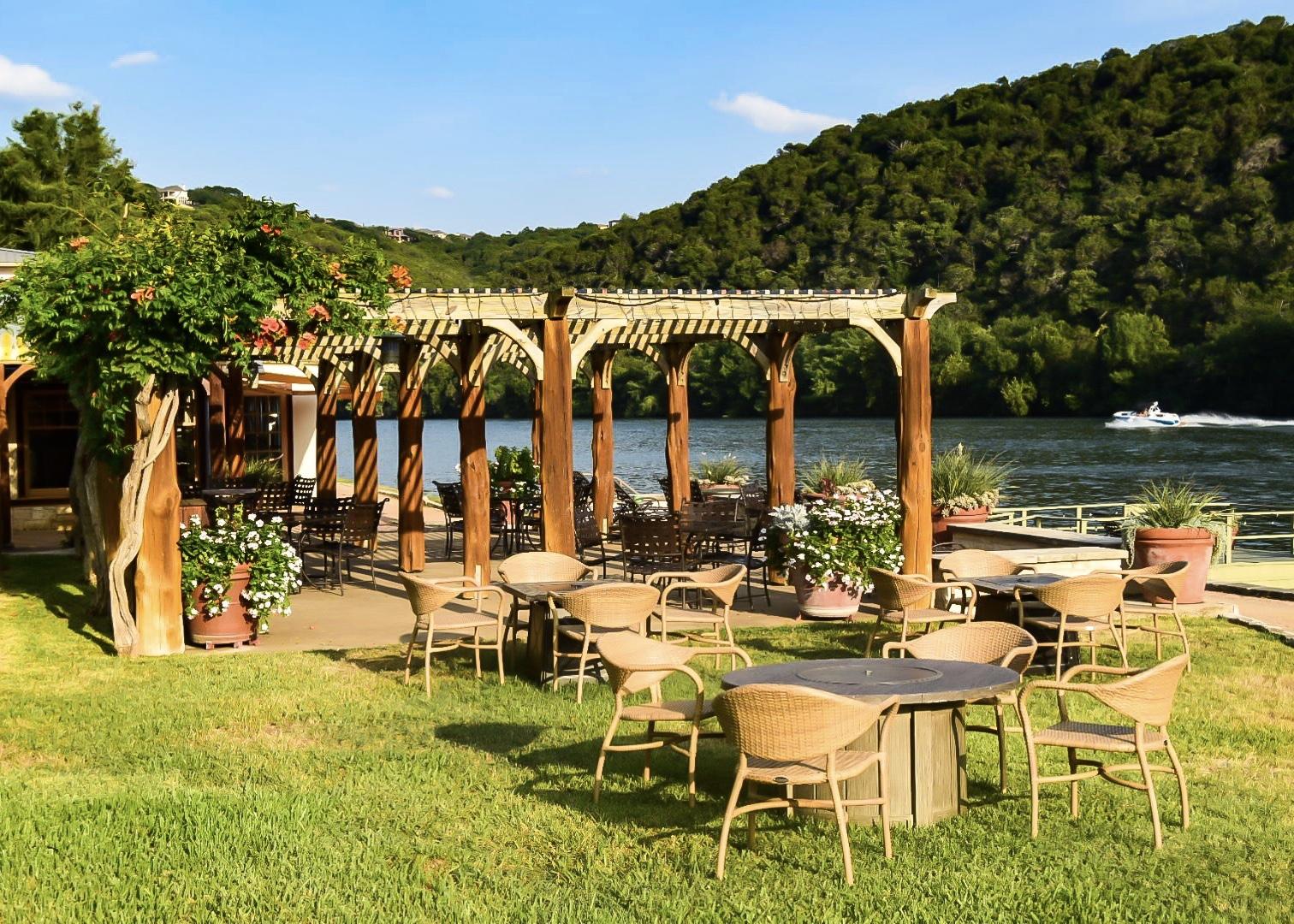 @amandakwaltman's cover photo for 'Lake Austin Spa Resort | The Brilliant Balance'