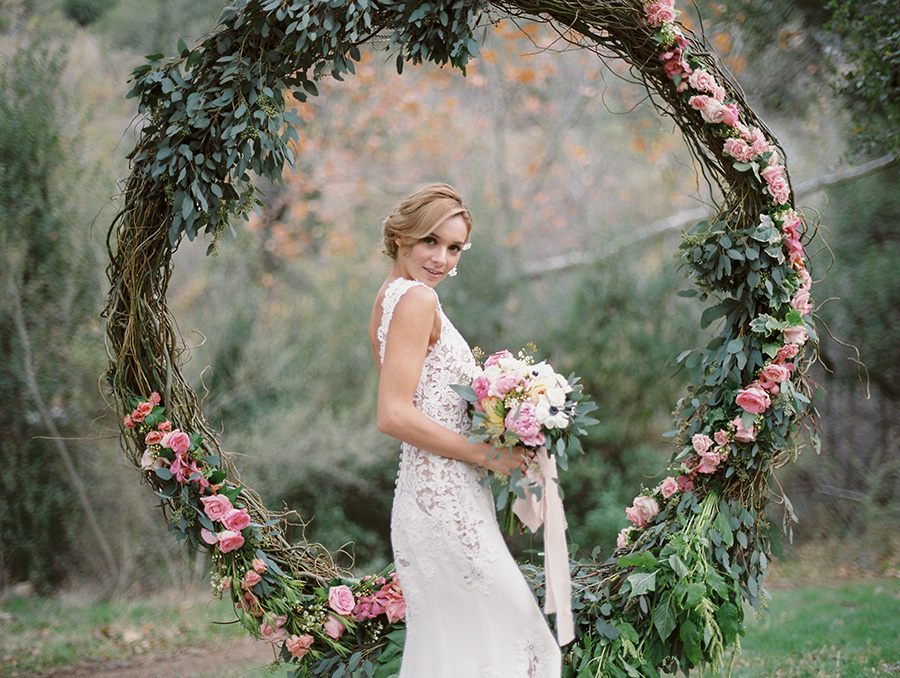 @strictlyweddings's cover photo for 'Spring Wedding Ideas with a Touch of Bohemian Style'