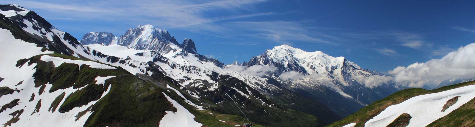 @savoredjourneys's cover photo for '3 Incredibly Beautiful Year-Round Destinations in the French Alps | Savored Journeys'