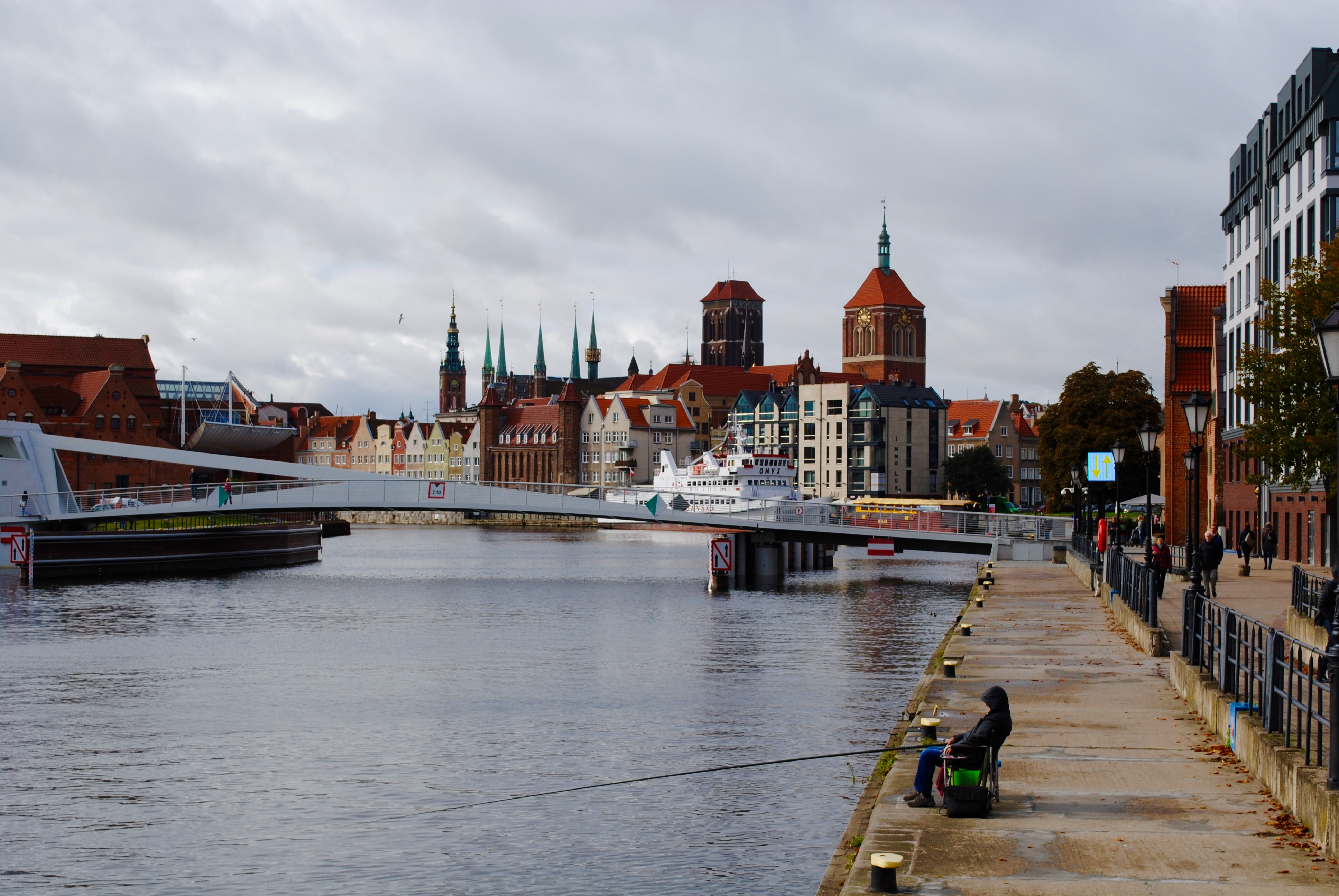 @cavaforlunch's cover photo for 'Historical Steps: Walking Tour Gdansk'