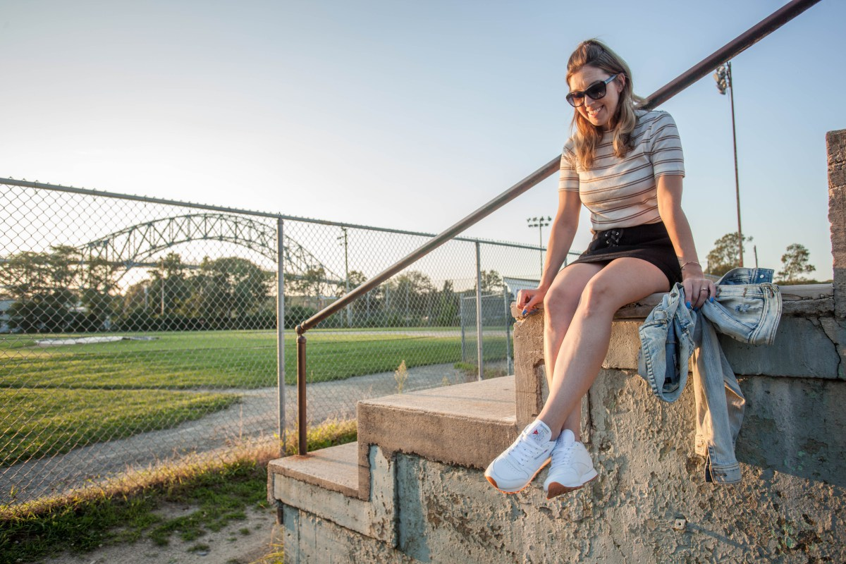 @style.her.savvy's cover photo for 'Why White Sneakers Are A Wardrobe Staple And How To Wear Them'