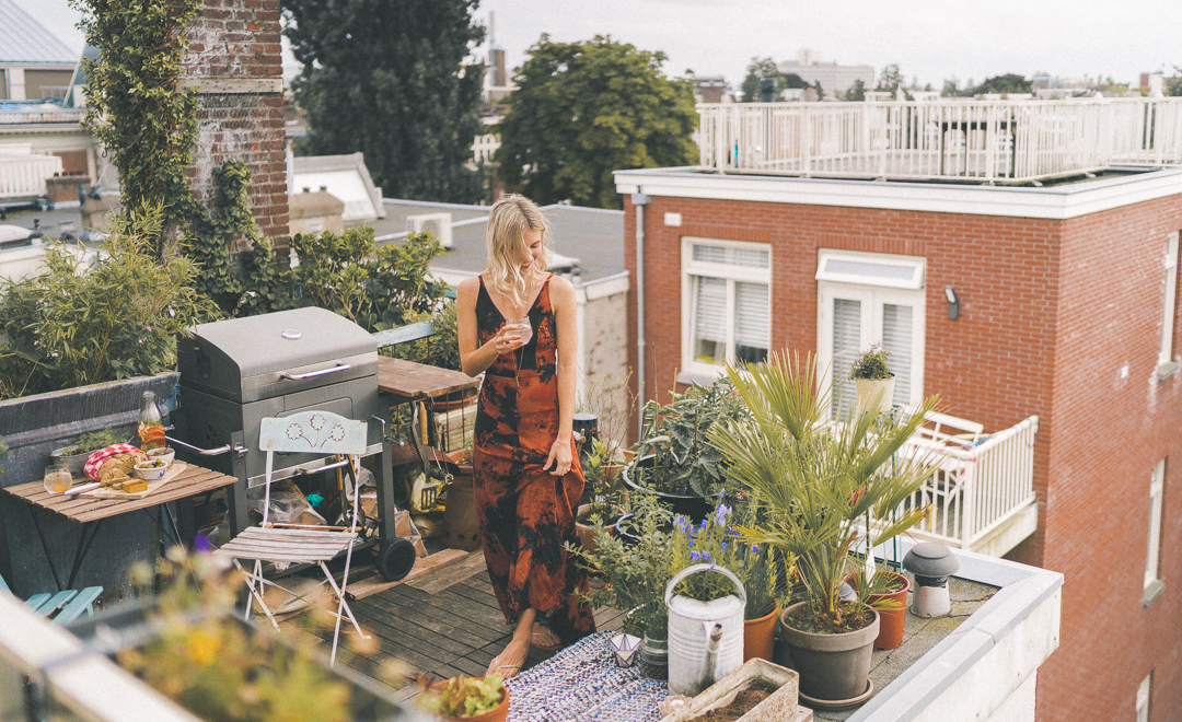 @finduslost's cover photo for 'A Rooftop Dinner in Amsterdam, The Netherlands - Find Us Lost - Travel Guides & Wanderlust'
