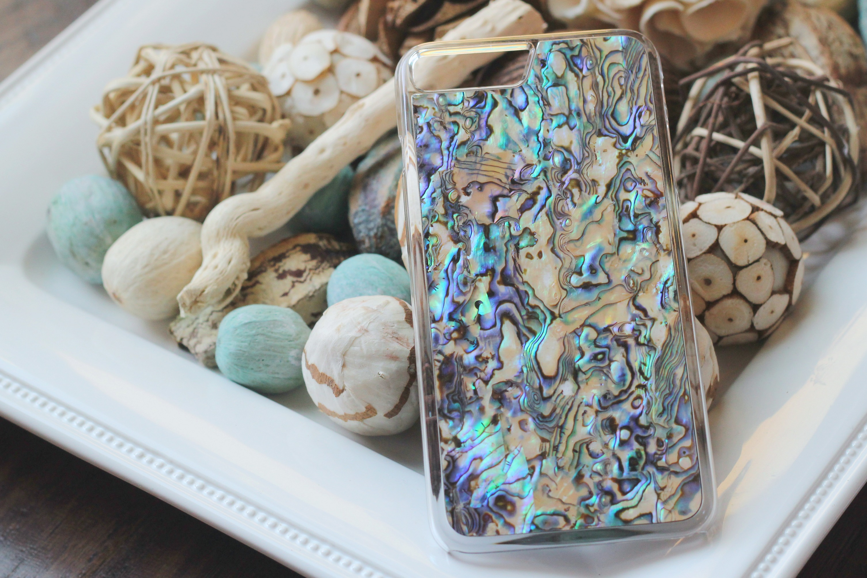 @misspettigrewreview's cover photo for 'Review of my gorgeous handcrafted iphone case from Carved! – Miss Pettigrew Review'