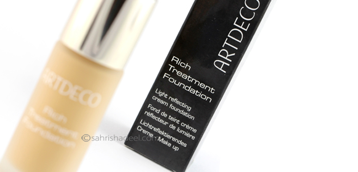 @sahrishadeel's cover photo for 'Artdeco Rich Treatment Foundation - Review & Swatch'