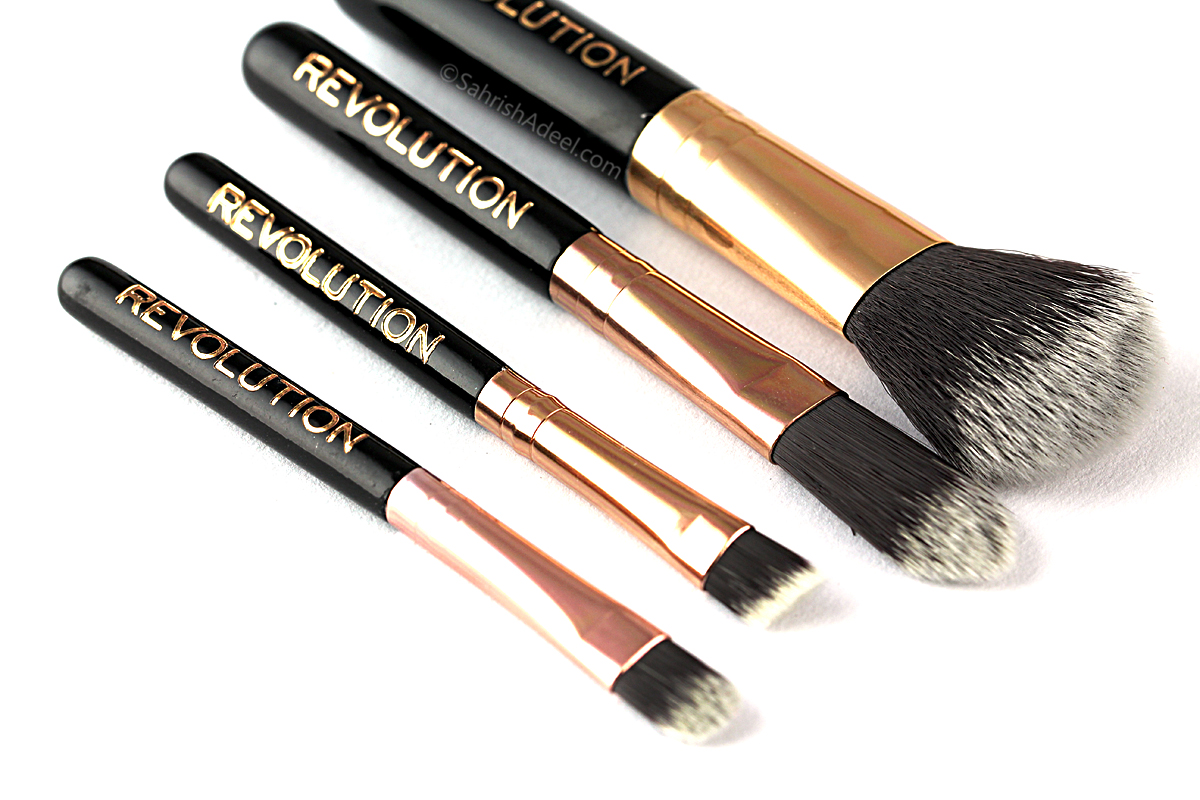 @sahrishadeel's cover photo for 'Pro Go Mini Brush Set by Makeup Revolution - Review'