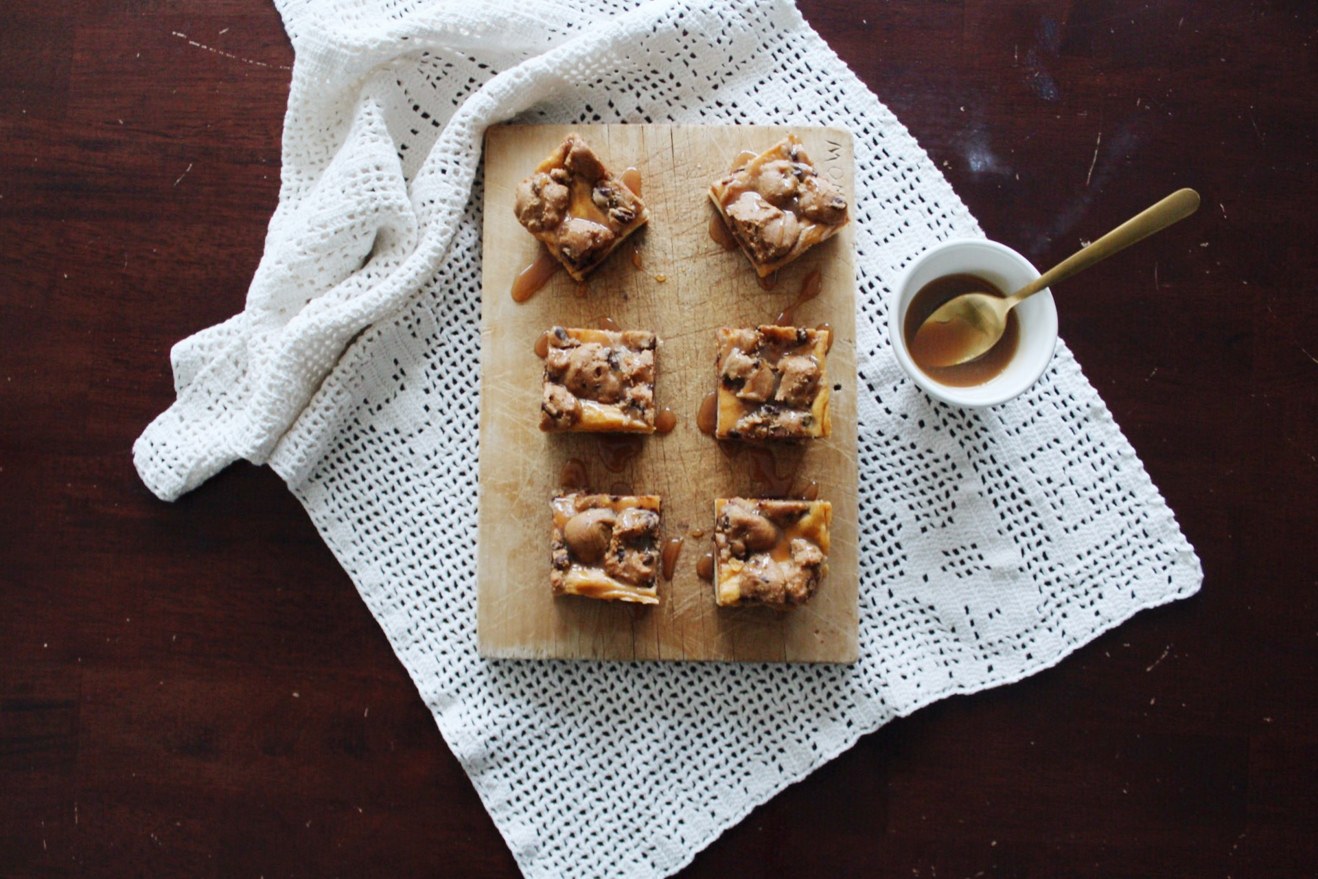 @houseofcaruso's cover photo for 'Immaculate Pumpkin Cheesecake Cookie Bars - House of Caruso'