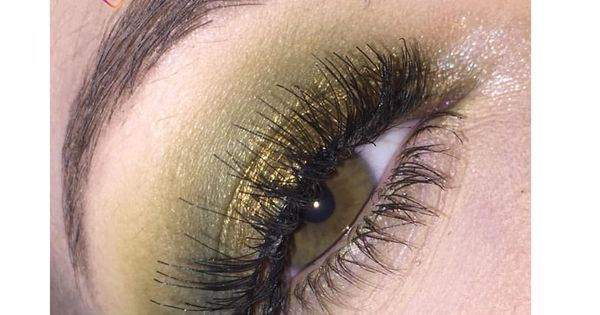 @_moongirll_'s cover photo for 'Makeup by me'