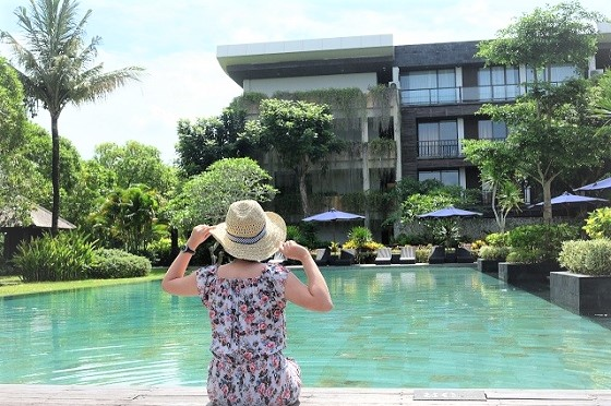@smelllikehome's cover photo for 'Le Grande Hotel in Uluwatu Bali | Smell Like Home'