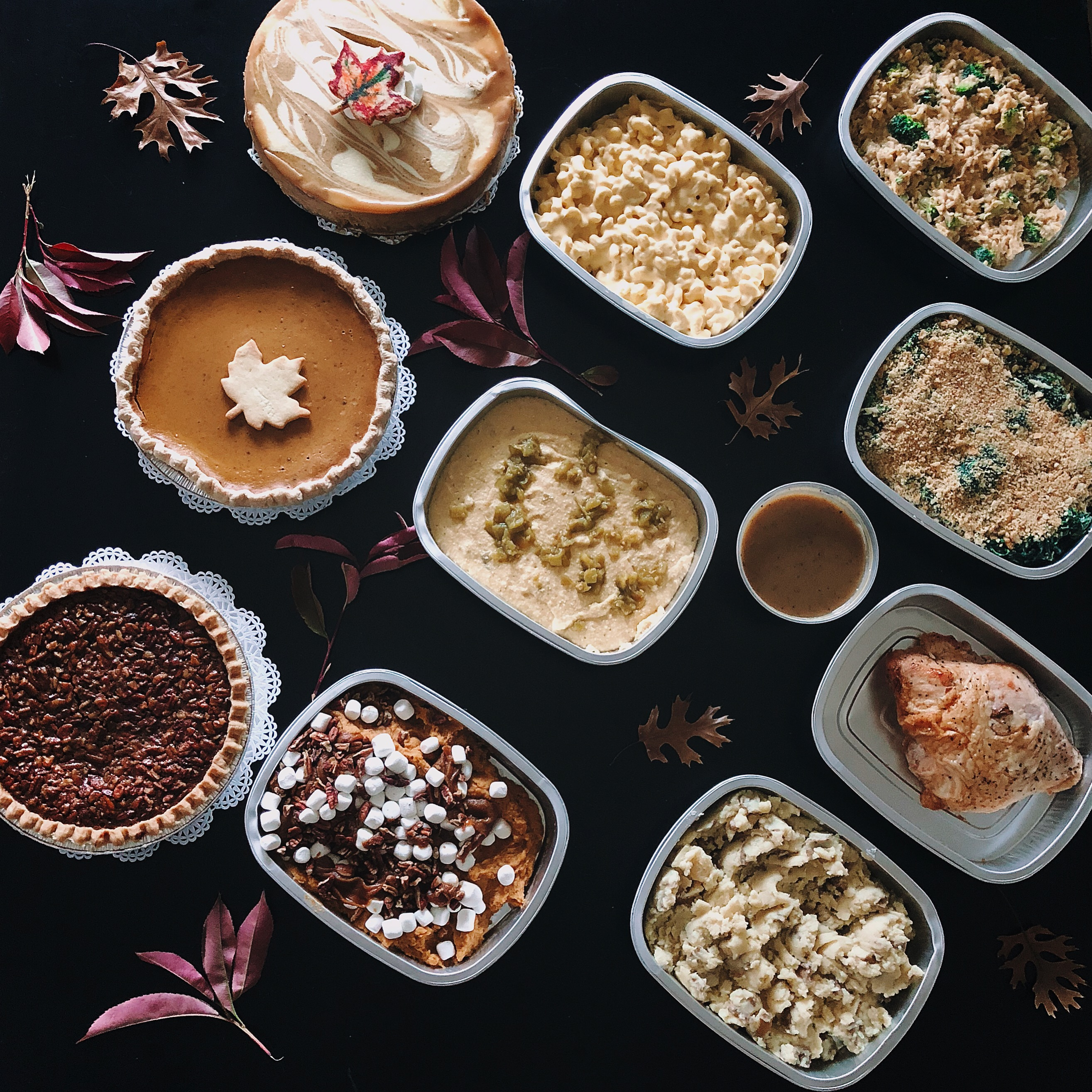 @thebeautybeau's cover photo for 'GRUB: Stress Free Thanksgiving Dinner with Eatzi's | The Beauty Beau'