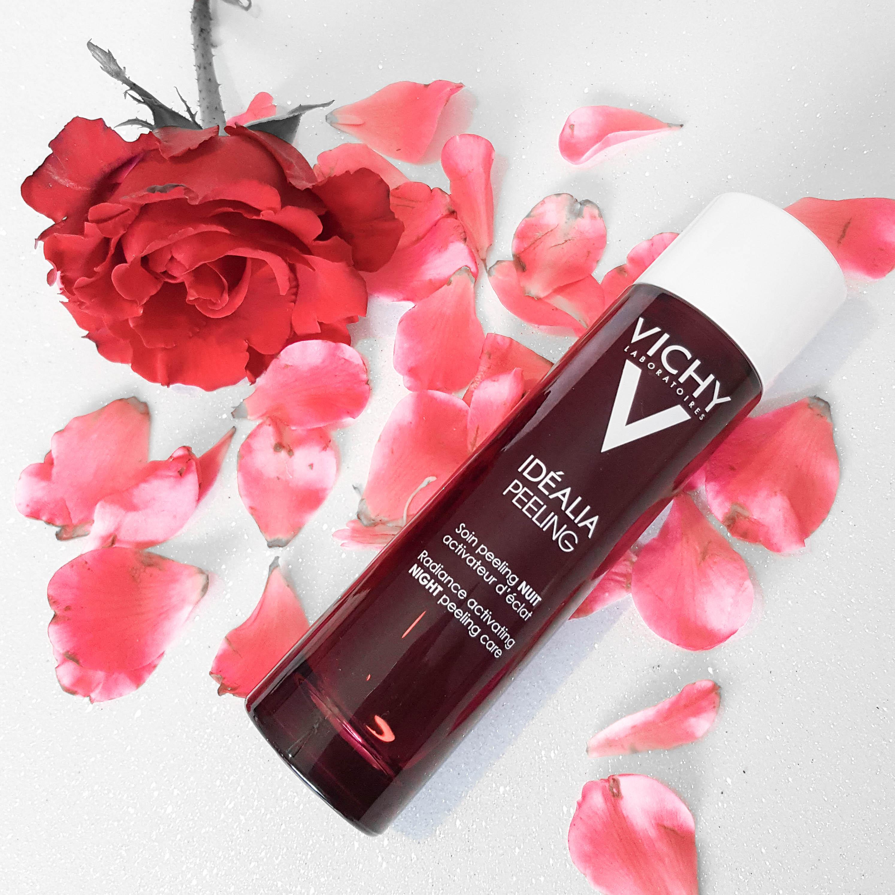 @cantinhodairina's cover photo for 'Vichy Idealia Night Peeling | Review - Cantinho da Irina'