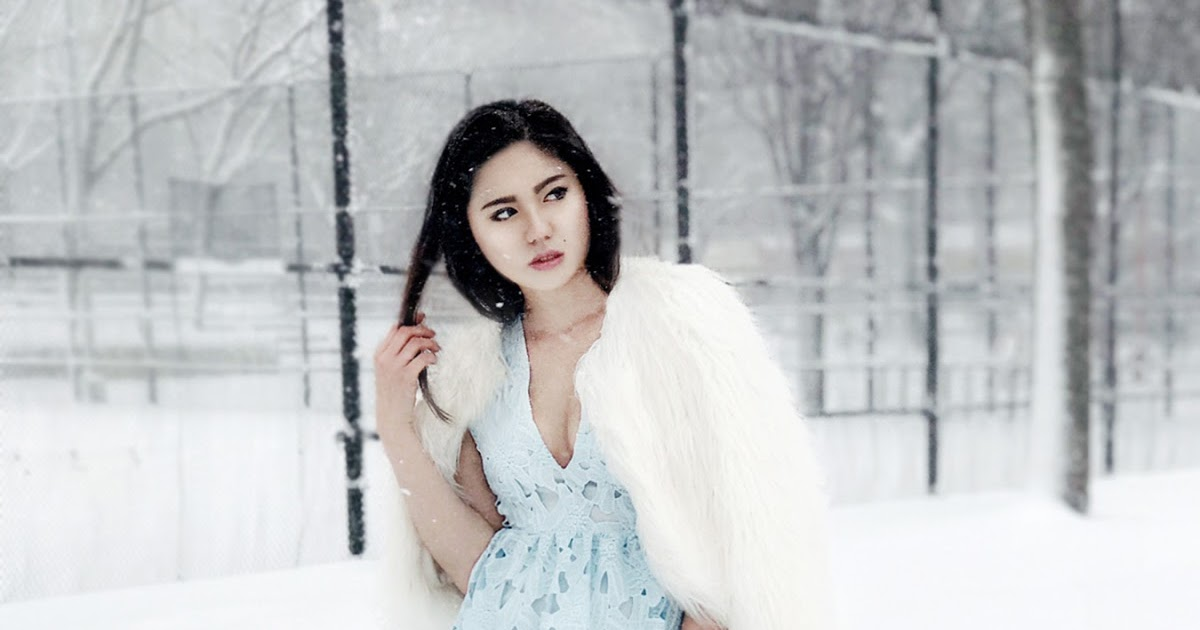 @judycyang's cover photo for 'Dreams   Cloud Dress in the Snow'