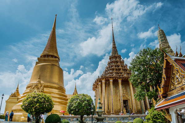@wheretonow.world's cover photo for 'Travel Guide in Bangkok: My Experience Using Local Guddy!'