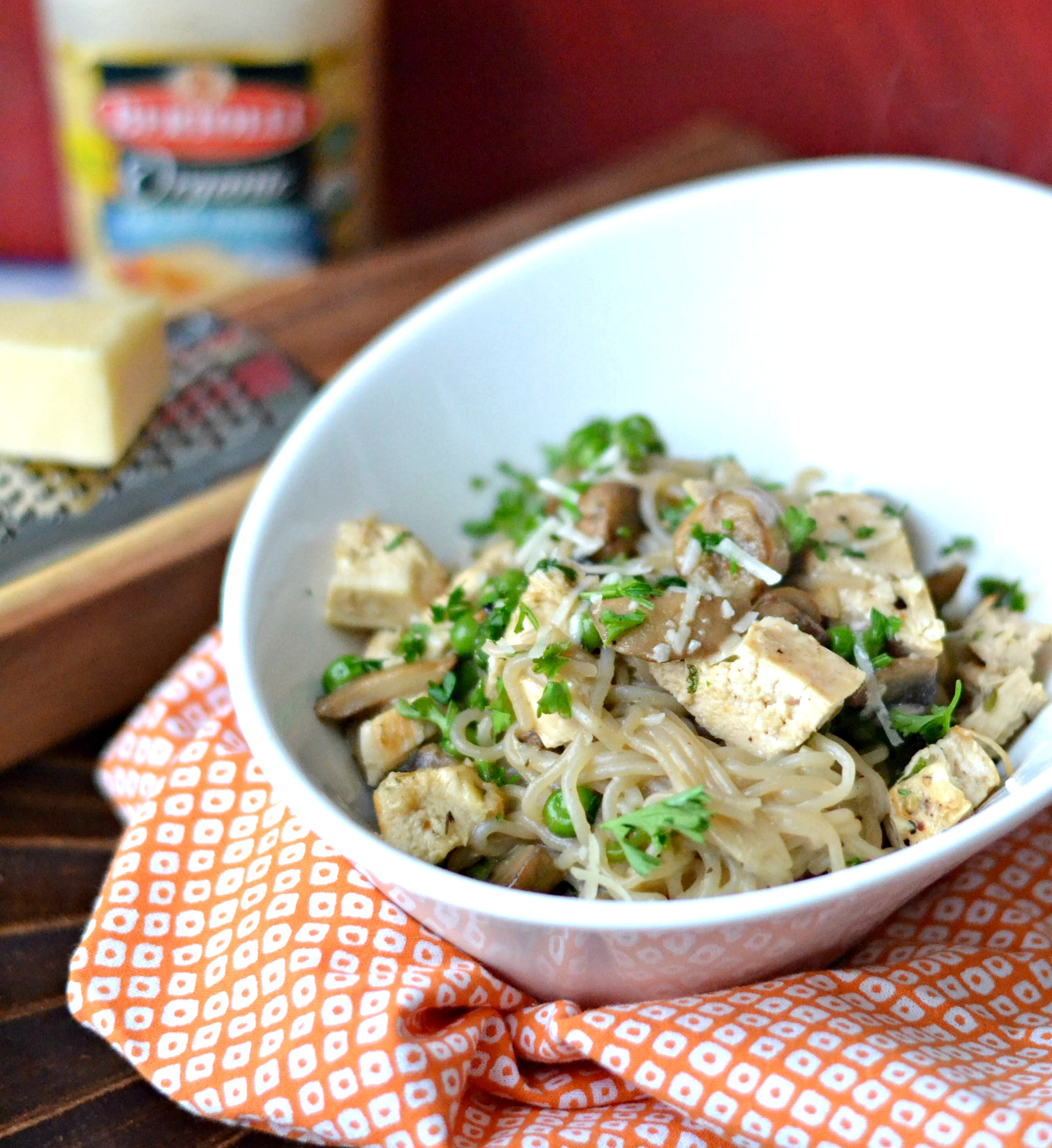 @singerinkitchen's cover photo for 'Easy Recipe: Low Carb Chicken Tetrazzini - Opera Singer in the Kitchen'