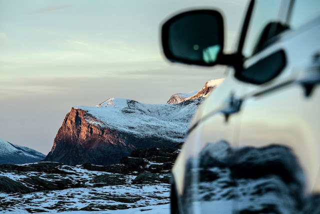 @thegentlemanracer's cover photo for 'TheGentlemanRacer.com: Range Rover 'Ultimate Vistas''