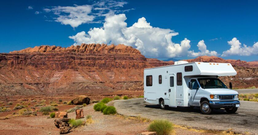 @mindfultravel's cover photo for 'Top 5 RV Destinations in the United States you have to visit in 2018'