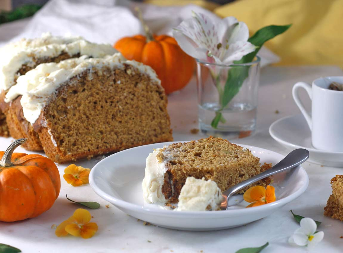 @greensmoothiegourmet's cover photo for 'Spiced Pumpkin Cake Loaf & Cashew Frosting - Green Smoothie Gourmet'