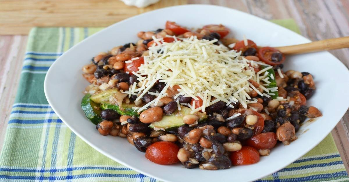 @socalfieldtrips's cover photo for 'Easy Cold Bean Salad For Game Day'