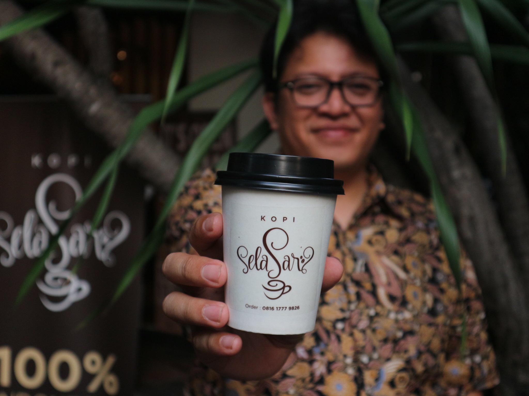 @ariefpokto's cover photo for 'Mencicip Kopi Khas Aceh di Kopi Selasar · AriefPokto.com'
