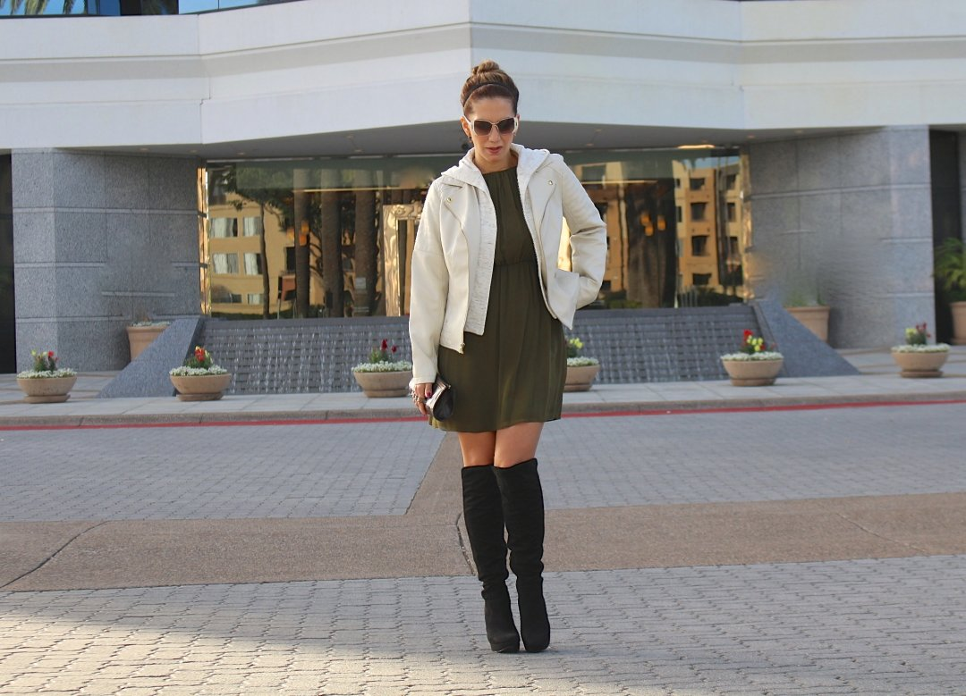 @vaneberlin's cover photo for 'WINTER READY // GALLERY JACKET | The Fashion Statement'