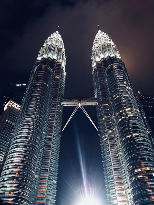 @nextination's cover photo for 'Where to stay in Kuala Lumpur? Impiana KLCC Hotel • Nextination'
