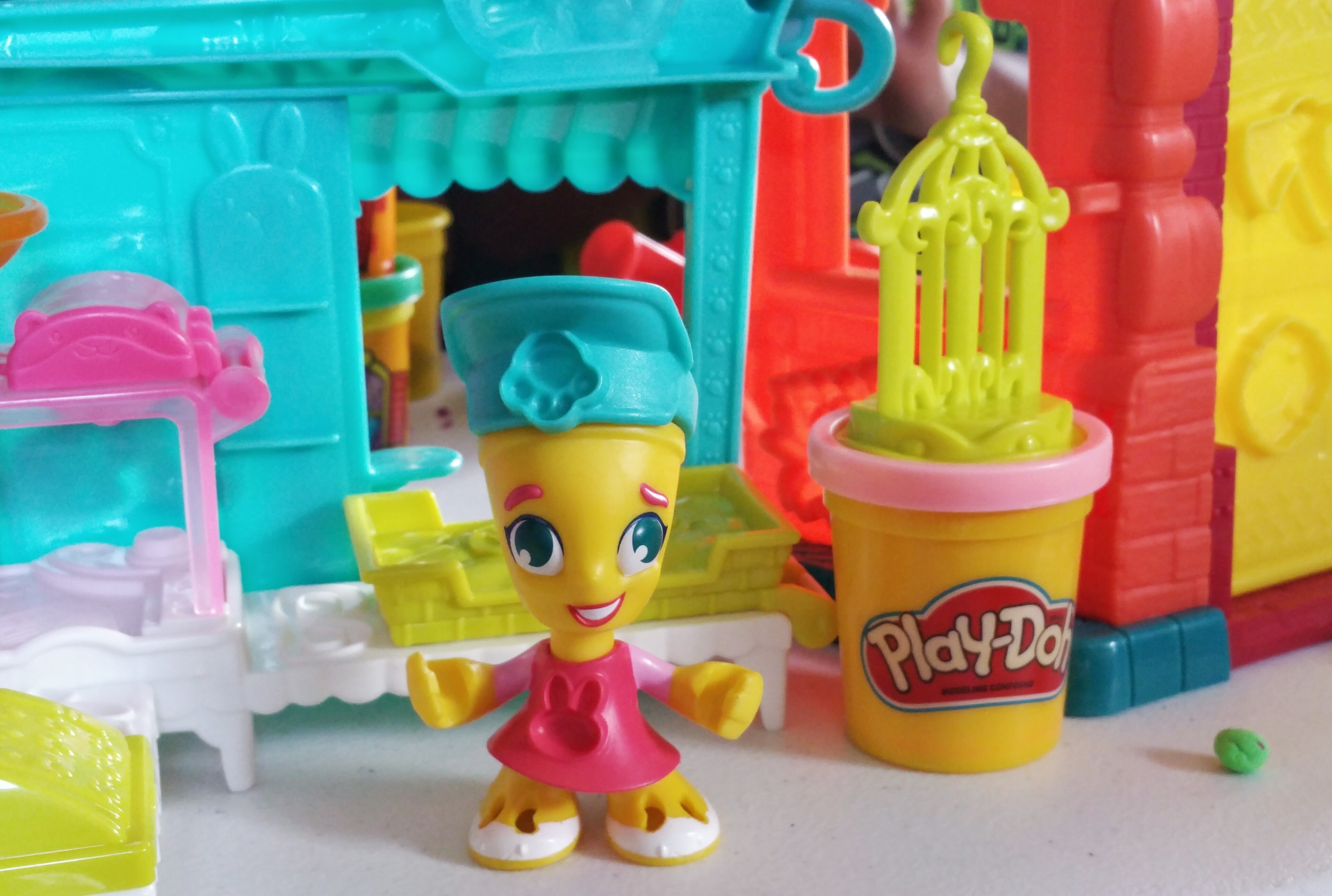 @honeygirlk's cover photo for 'Having Fun and Creating Memories With Play-Doh Town - Honeygirl's World - Lifestyle & Beauty Blog'