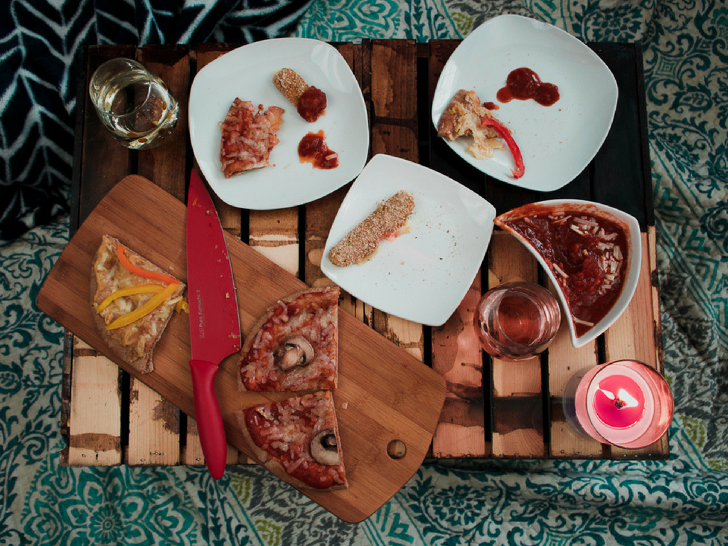 @hanna.j.smith's cover photo for 'At Home Date Night On a Budget'