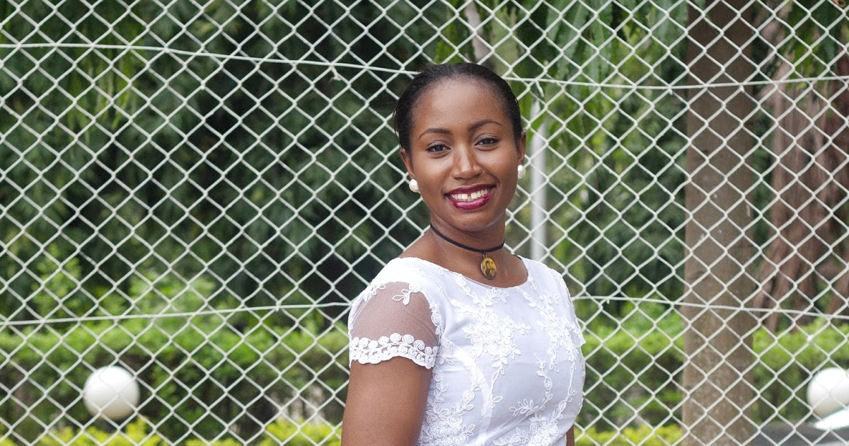 @lilyofnigeria's cover photo for 'All White Everything: My OOTD Review from the Bloggerpoint Abuja Brunch'