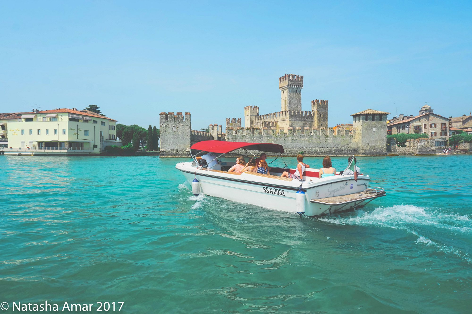 @thebohochica's cover photo for 'Lake Garda: The Perfectly Idyllic Lakeside Holiday in Italy'
