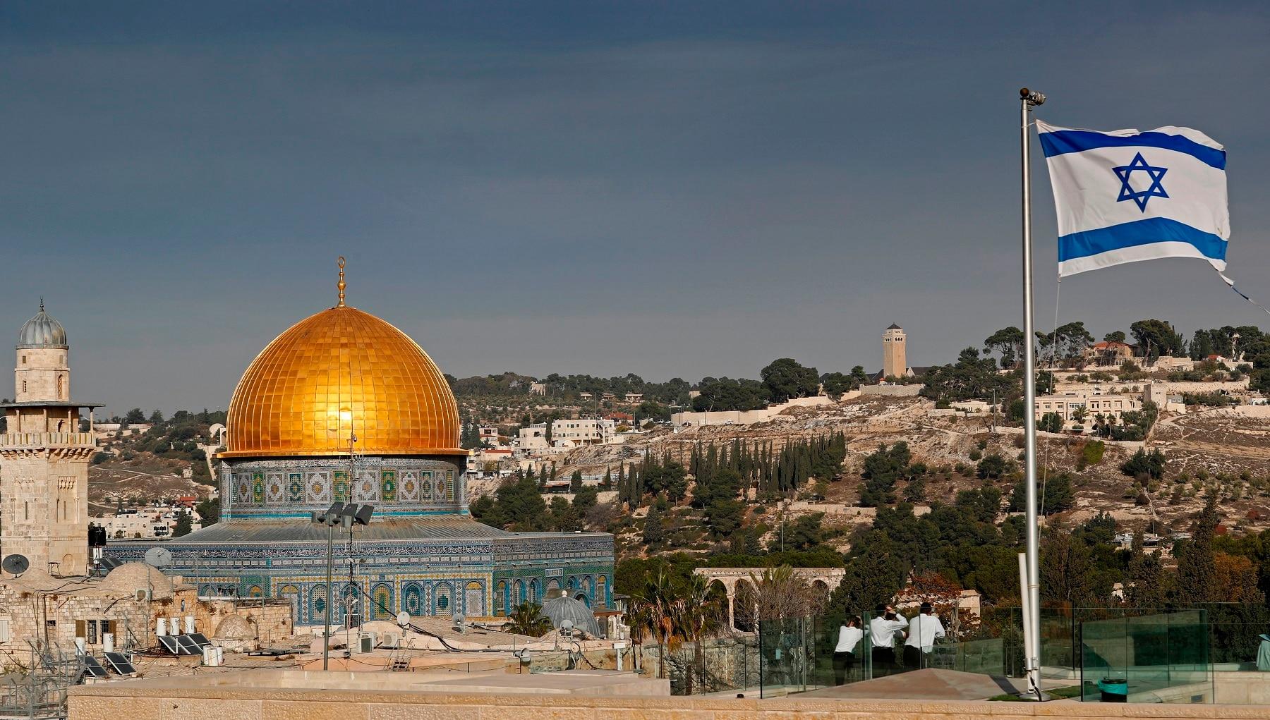 @attosampetoding's cover photo for 'Atto Sampetoding: Penolakan Visa Konsekwensi Dukung Palestina'