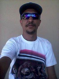 @emquestao.rap's cover photo for 'Helio Junior'