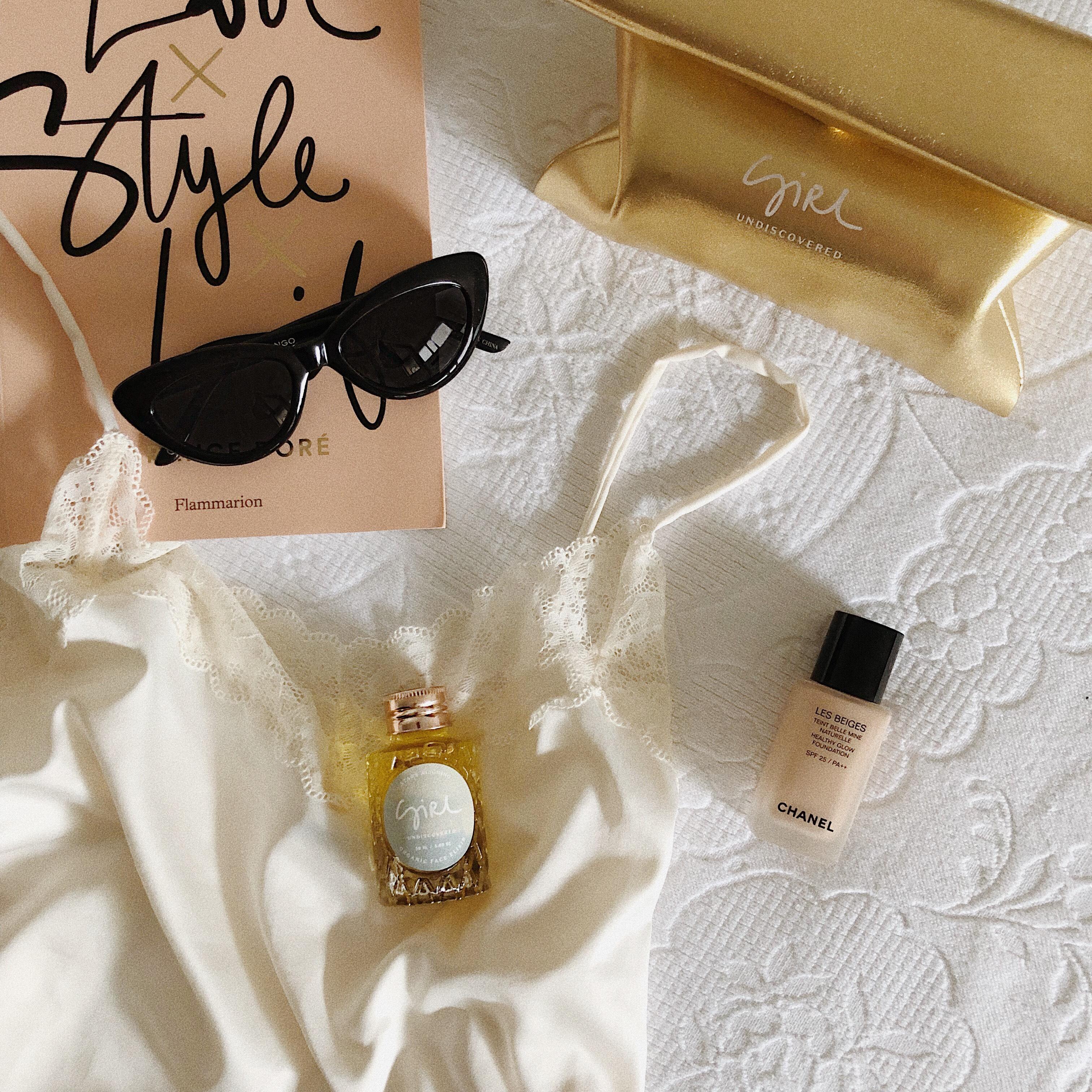 @gigicastellani's cover photo for 'Stars Face Elixir Oil by Girl Undiscovered « Giulia Castellani Blog'