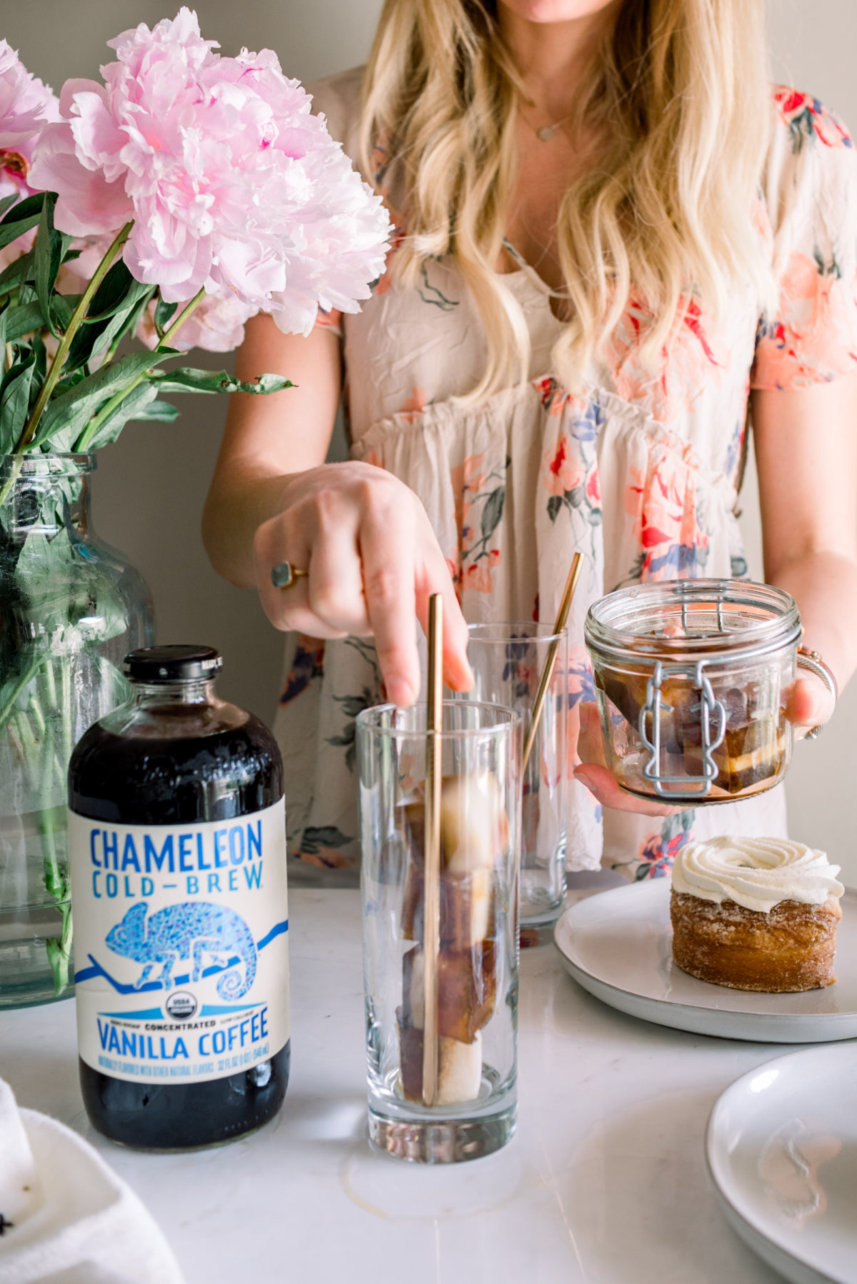 @darlingdownsouth's cover photo for 'The Best Cold Brew Coffee Hacks - Darling Down South'