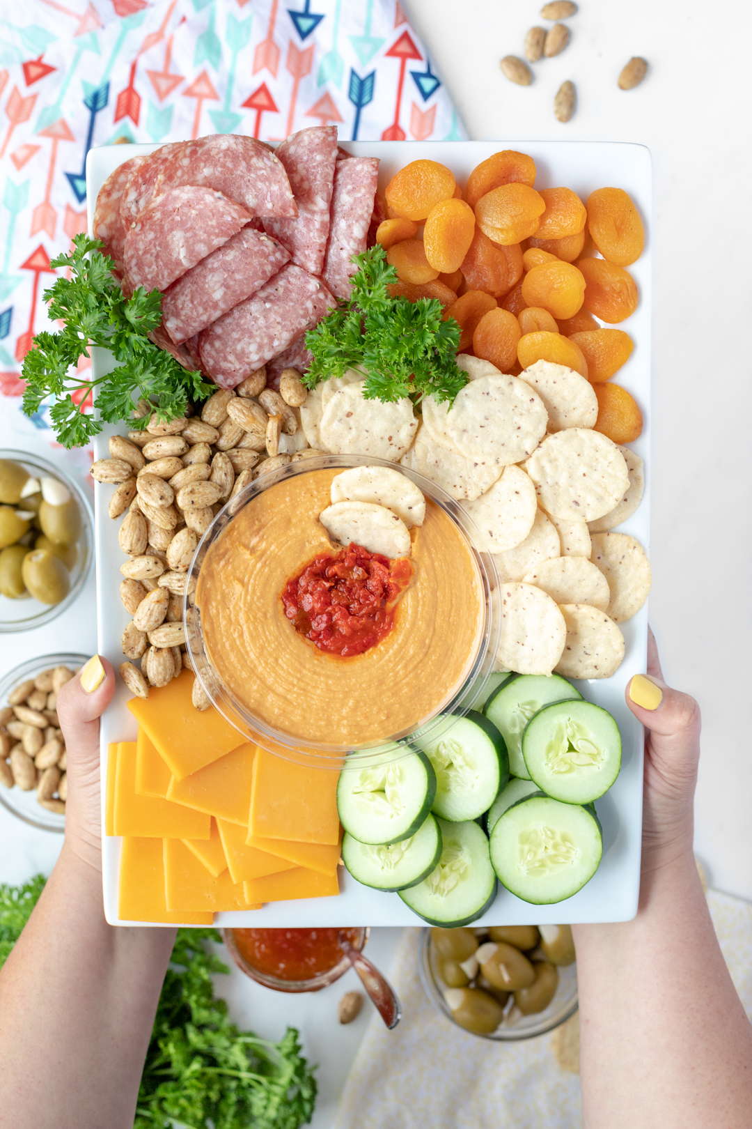 @cutefetti's cover photo for 'The Simple Summer Snack Tray You Need'