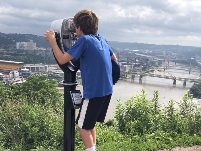 @stayclosetohome's cover photo for '10 Things to Do With Kids in Pittsburgh, Pennsylvania'