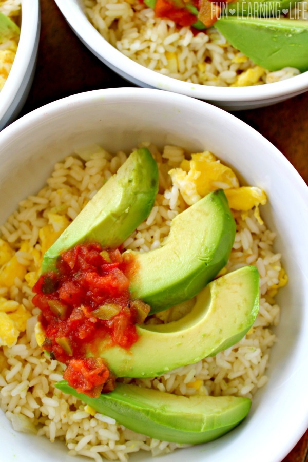 @funlearninglife's cover photo for 'Avocado and Egg Breakfast Bowl Recipe! Plus, Publix and Produce for Kids Support Feeding America! - Fun Learning Life'