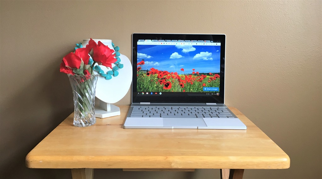 @dianenassy's cover photo for 'Is The Google Pixelbook Chromebook Worth The Hype?'