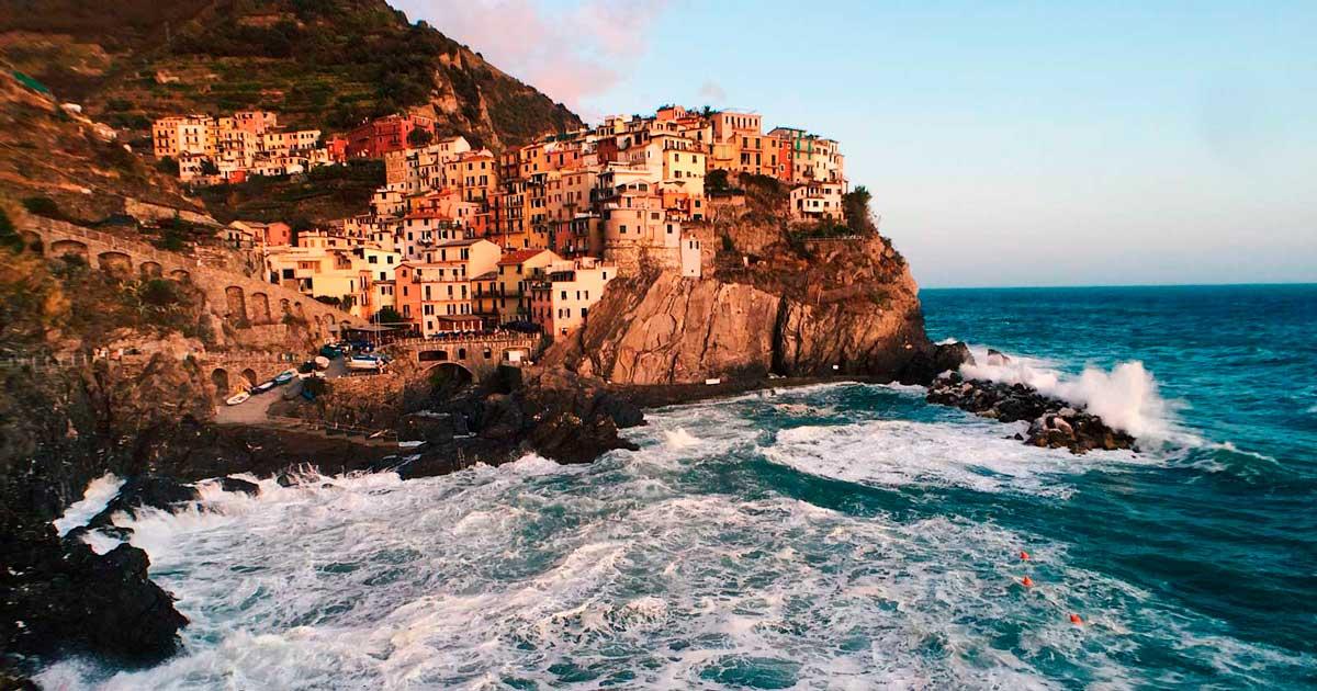 @damonbeckford's cover photo for 'Italy Road Trip - Damon Beckford'