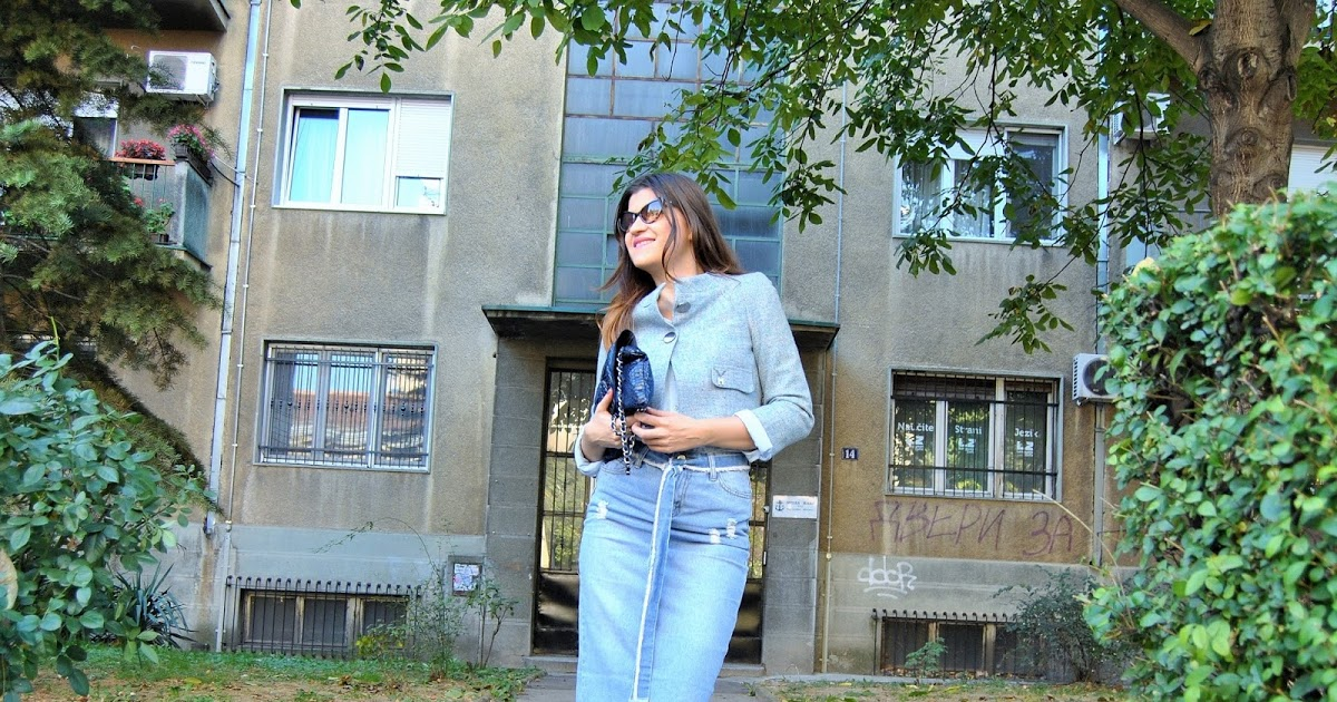 @bambolai's cover photo for 'BambolaI: How to Wear Denim Midi Skirt & Floral Boots'