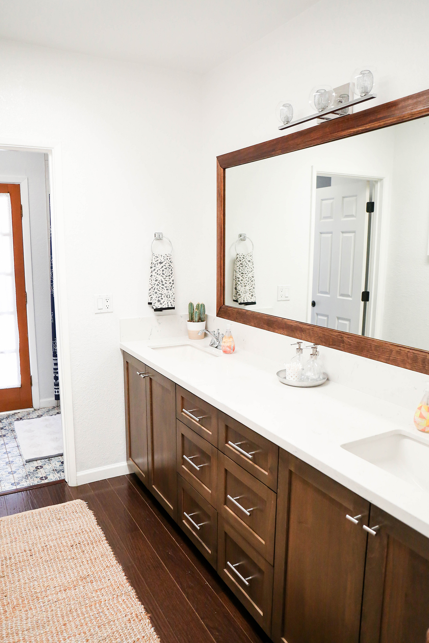 @theproperblog's cover photo for '#ProperAtHome \ Our DIY Weekend Guest Bath Renovation'