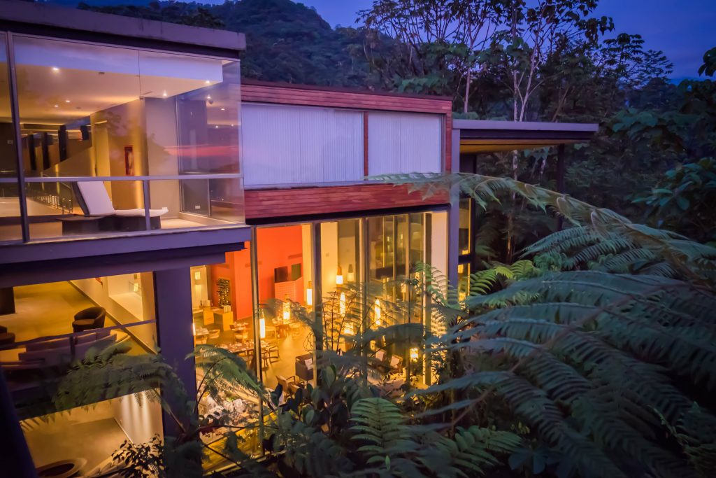 @theworldpursuit's cover photo for 'Mashpi Lodge • Experiencing a Unique Eco Lodge in Ecuador'