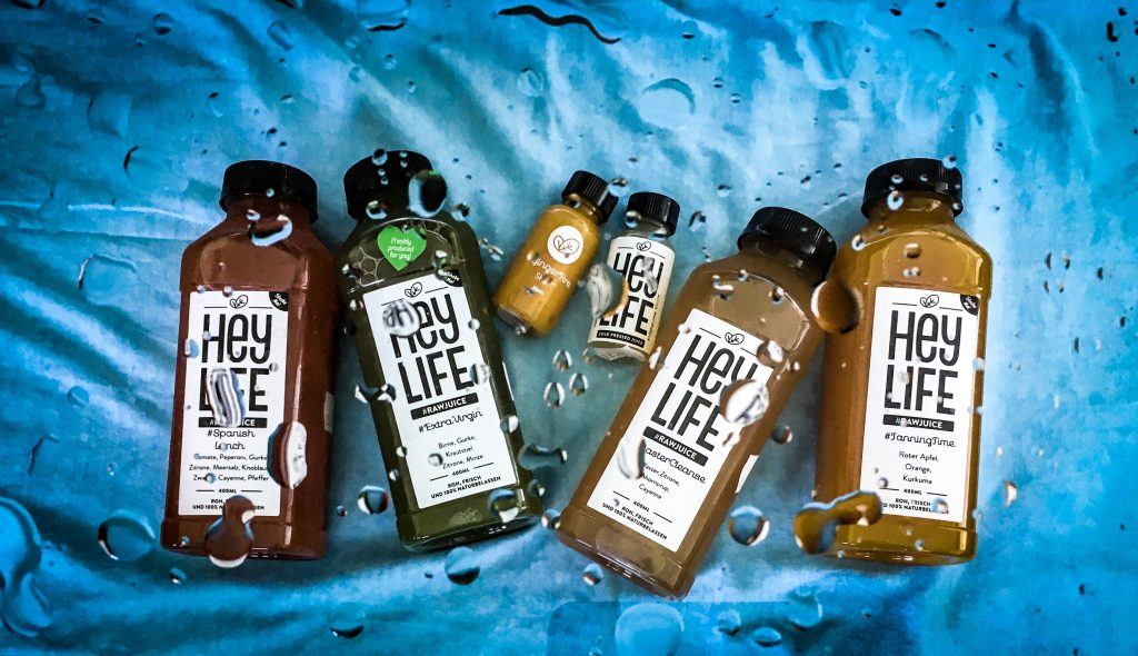 @sunstylefiles's cover photo for 'HOW TO DO A JUICE CLEANSE IN SUMMER | SUNSTYLEFILES'